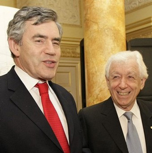 Photograph of Gordon Brown and Frank Lowy